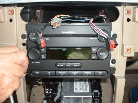 2004-2014 Ford F150 F250 F350 radio installation step 8