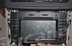 2006-2012 Mercedes Benz Viano Vito radio installation step 12