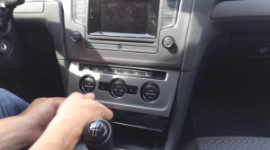 2013 New Golf 7 car stereo installation step 1