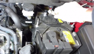 Start your installation by removing the negative cable from the battery. Then return to the inside of the Mazda CX-5